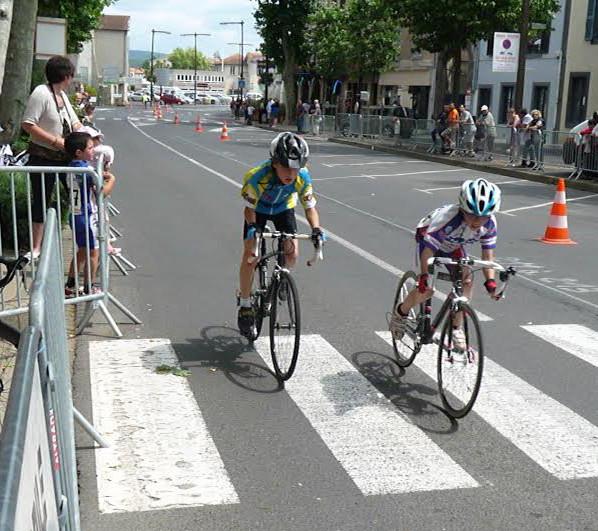 etoile cycliste de clermont ferrand grand prix cycliste de le ville de brioude. Black Bedroom Furniture Sets. Home Design Ideas